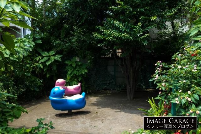 目黒駅近くの小さな公園・上大崎児童遊園の無料写真