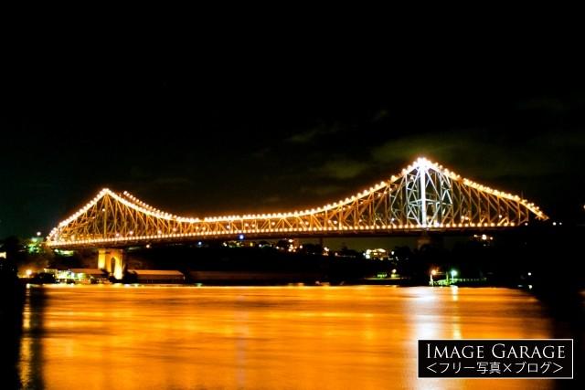 ブリスベン・ストーリーブリッジの夜景のフリー素材写真(無料)