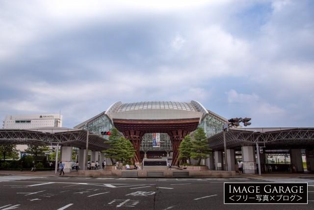 金沢駅鼓門・もてなしドームのフリー写真素材(無料)