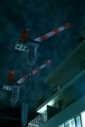 目黒セントラルスクエアを建てたタワークレーンの夜景