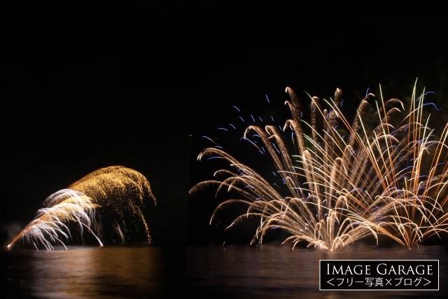 岩地海岸の花火大会(松崎町夏まつり)フリー写真素材