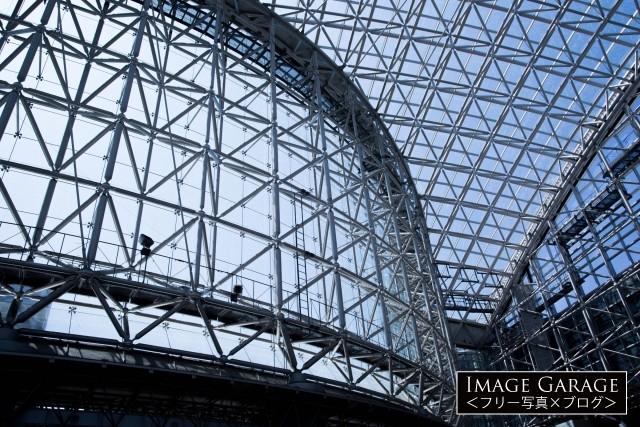 立体トラス構造の金沢もてなしドームのフリー写真素材