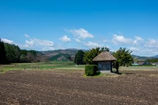 遠野市・5月の荒神神社