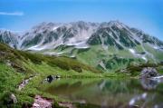 立山室堂のミドリガ池