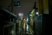 むつ市の田名部の神社横町飲み屋街