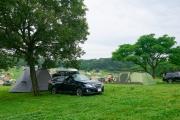 森のまきばキャンプ場のオートキャンプ風景