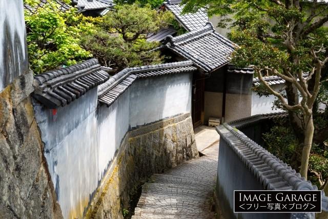 ノスタルジック雰囲気の尾道の天寧寺坂のフリー写真素材(無料)
