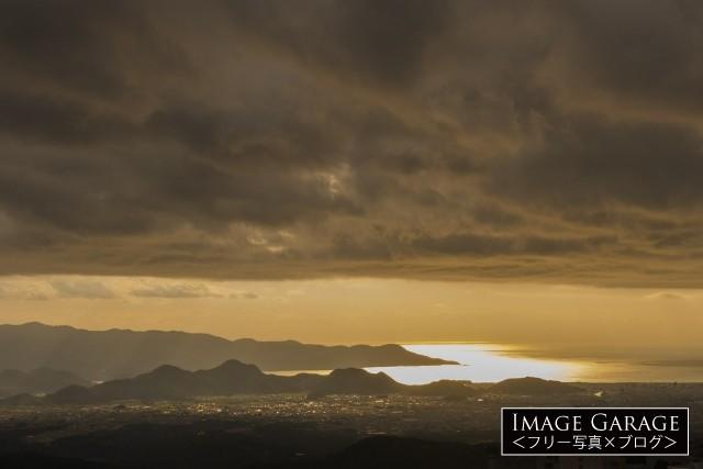 箱根から見た駿河湾の夕景のフリー写真素材(無料)