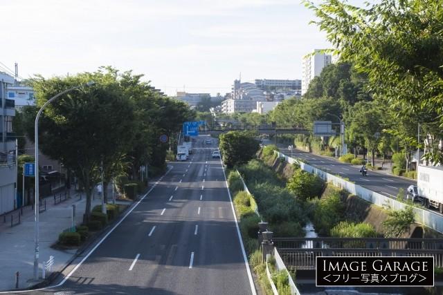 横浜市・環状2号線(磯子〜新横浜区間)永野小学校下のフリー素材写真(無料)