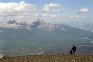 ジャスパー国立公園・ウィスラーズ山山頂からの絶景