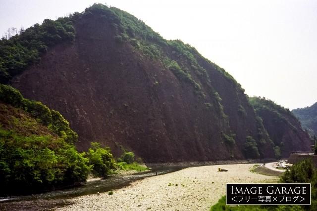 日本のエアーズロックと呼ばれる古座の一枚岩のフリー素材写真(無料)