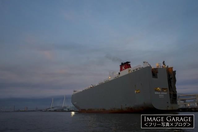 自動車運搬船 GENIUS HIGHWAYのフリー素材写真(無料)
