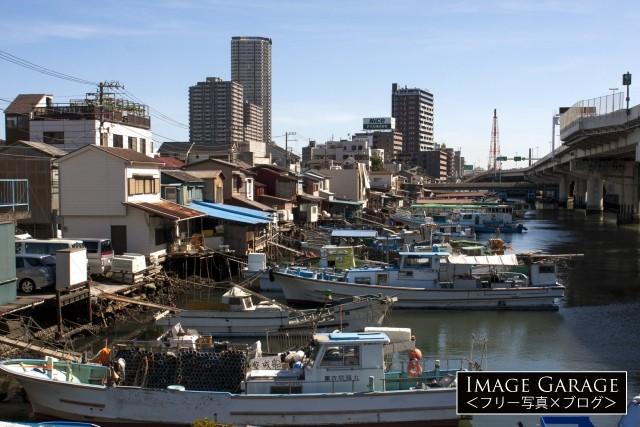 昭和の風景が残る子安漁港のフリー写真素材(無料)