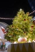 横浜ベイクォーターのクリスマスツリー2020