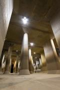 地下神殿と呼ばれる首都圏外郭放水路の調圧水槽