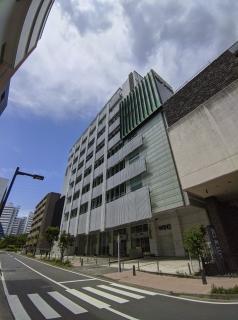 場外馬券売場・ウインズ新横浜