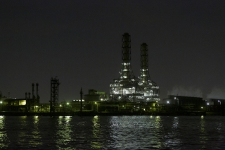 川崎天然ガス発電所の工場夜景'