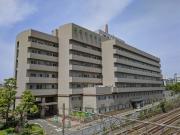 恵比寿駅近くにある厚生中央病院の外観