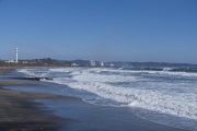 ちょっと荒れ気味の海の千倉海岸