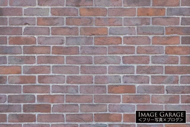 少し模様があるレンガ壁のフリー画像(無料写真素材)