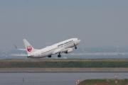 ボーイング 737-800(JAL JA318J)