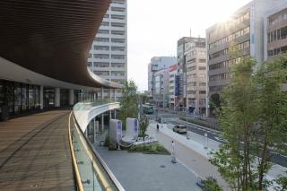 川越駅・U_PLACEの2階デッキ部分
