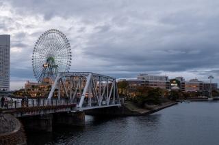 汽車道〜港一号橋梁や大観覧車