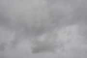 雨が降りそうな曇り空