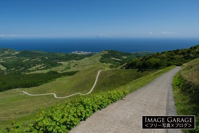 三筋山登山道入口から見た細野高原のフリー画像(無料写真素材)