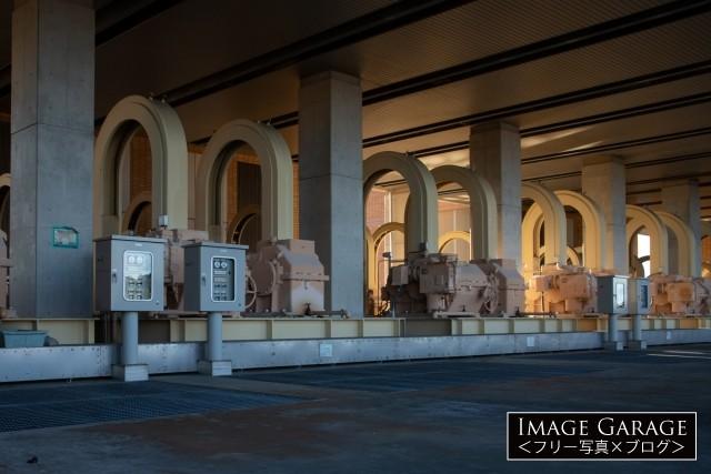 庄和排水機場の1F地上設備のフリー写真素材(無料画像)